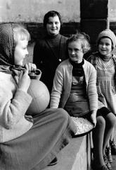 Frauen- und Mädchenalltag in den 50ern der Südpfalz
