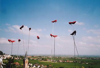 Tine Duffing - High-Heels und 365 Paar feuerrotgelackte Schuhe unterwegs nach Italien