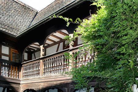 Frank-Loebsches Haus - Galerie zum Innenhof