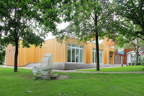 Einweihung Des Erweiterungsbaus Der Kunstschule Villa